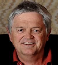 Dr David Straton